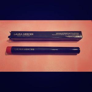 Laura Mercier Velour Extreme Matte Lipstick SOIRÉE